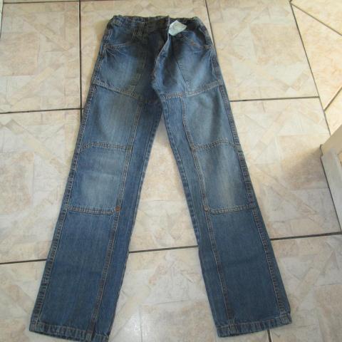 troc de  Pantalon de jeans 16 ans 5 noisettes, sur mytroc