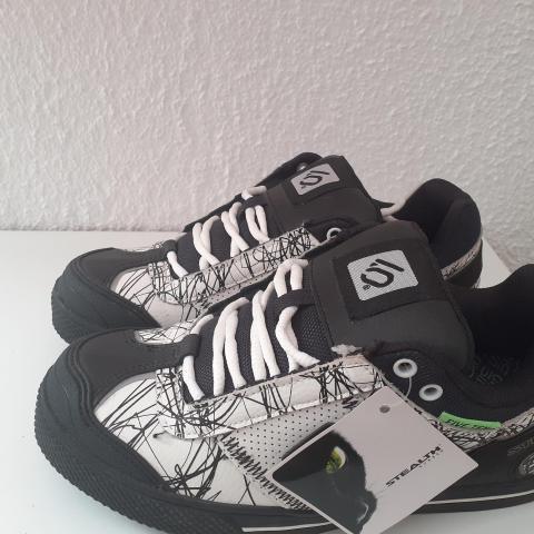 troc de  Chaussures urbain style 39, sur mytroc