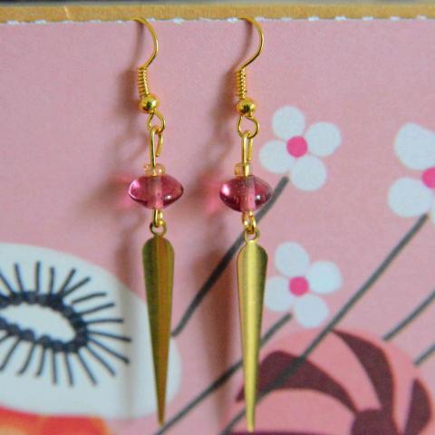 troc de  Boucles d'oreilles  roses et dorées réservées, sur mytroc