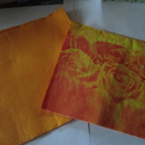 troc de  2 serviettes orange, sur mytroc