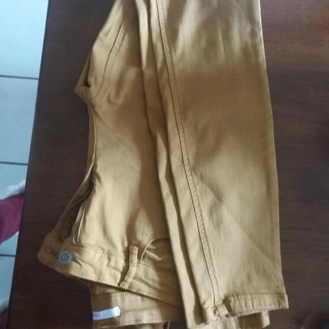 troc de  #RESERVE PAULINE 64230# Pantalon, sur mytroc