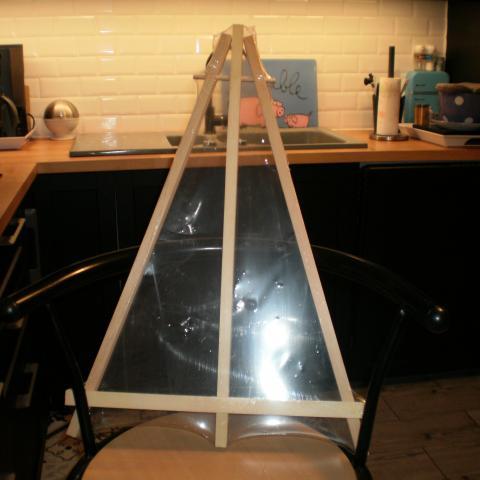 troc de  réservé,grd chevalet 60X42 cms nf ss cello, sur mytroc