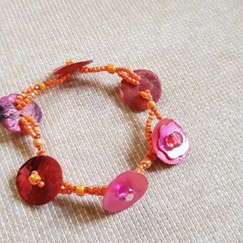 troc de  Bracelet perle de rocaille, sur mytroc