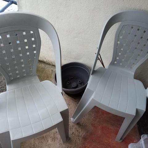 troc de  2 chaises de jardins, sur mytroc