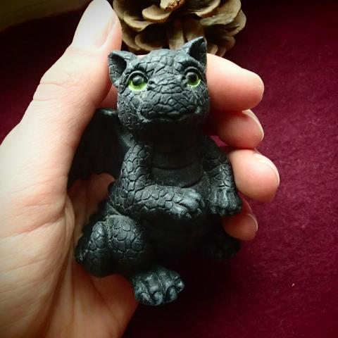 troc de  Figurine petit dragon à adopter, sur mytroc