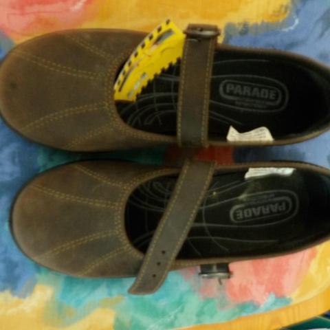 troc de  chaussures de sécurité femme taille 36 jamais portée neuve, sur mytroc