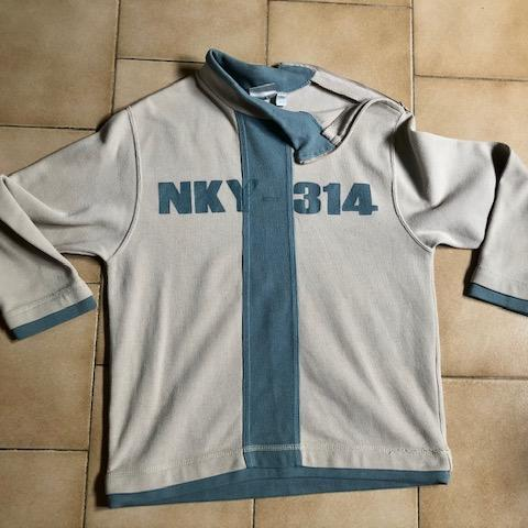 troc de  Tshirt Sweat beige bleu 10 ans, sur mytroc