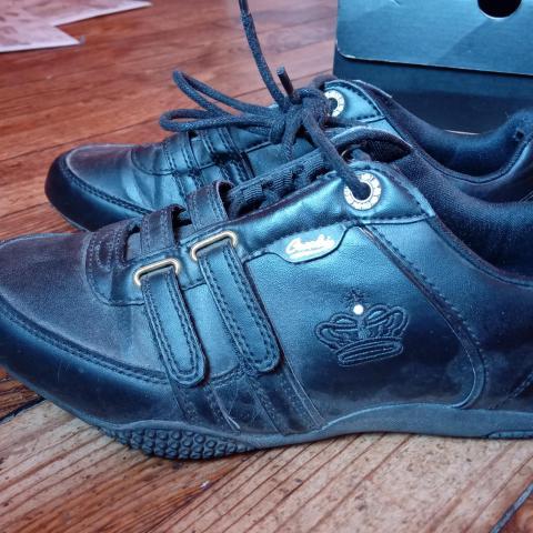 Troc sneakers