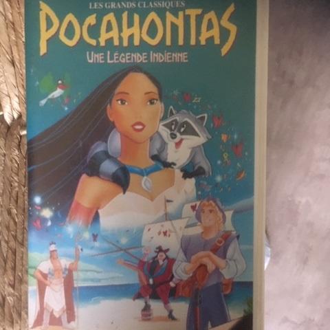 troc de  VHS Pocahontas une légende indienne, sur mytroc