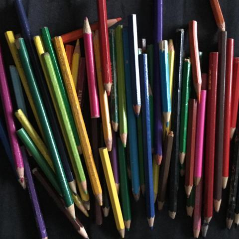 troc de  lot crayons de couleurs, sur mytroc