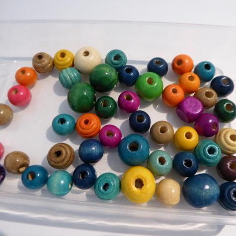 troc de  perles colorees, sur mytroc