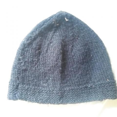 troc de  Bonnet tricoté main, sur mytroc
