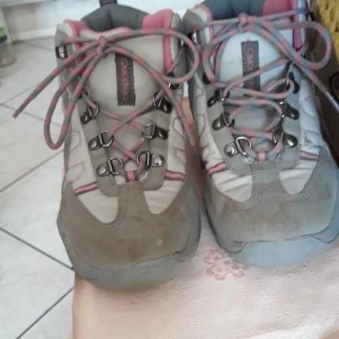 troc de  Chaussures de randonnée 37 QUECHUA, sur mytroc