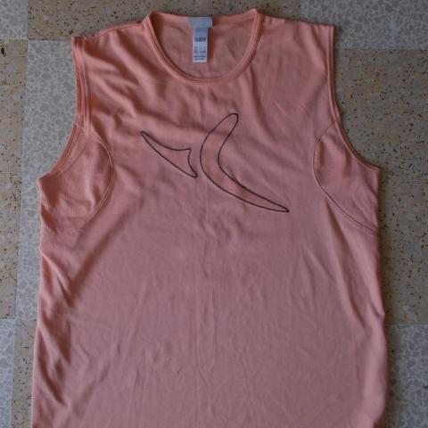 troc de  (RESERVER) tee shirt decatlhon, sur mytroc