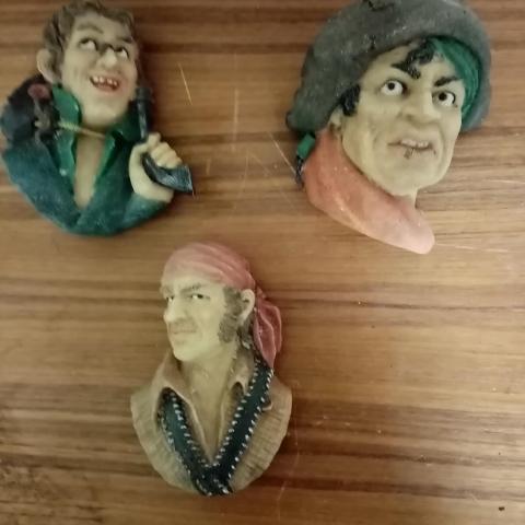 troc de  Lot de figurine Pirates, sur mytroc