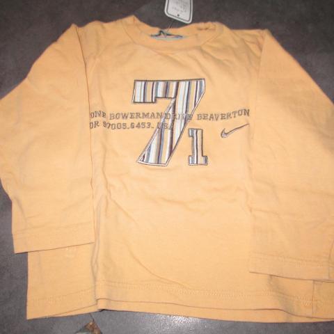 troc de  Tee shirt jaune  4 ans 2 noisettes, sur mytroc