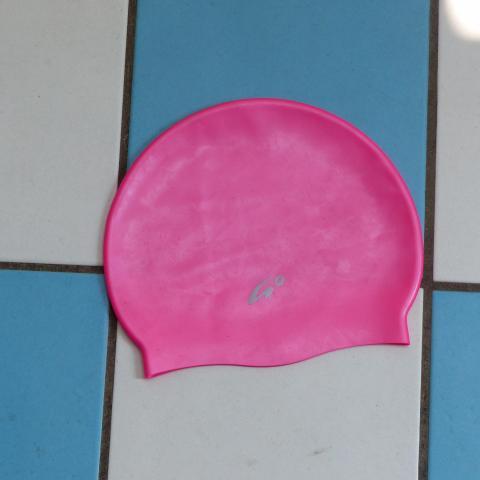 troc de  Bonnet piscine enfant, sur mytroc