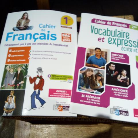 troc de  Cahiers de français 2de et 1ere corrigés (neufs), sur mytroc