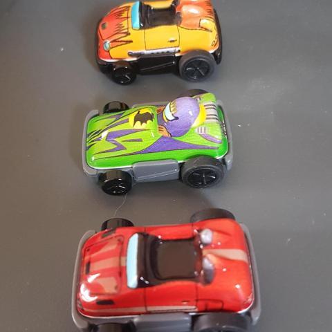 troc de  RESERVE 3 voitures Kinder, sur mytroc