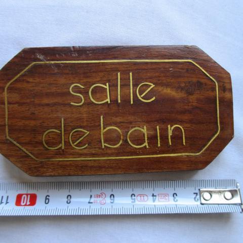 """troc de  à Lyon = plaque de porte """"salle de bain"""" en bois, sur mytroc"""