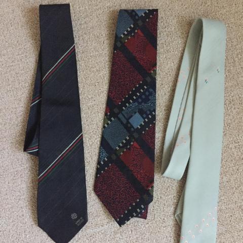 troc de  lot 3 cravates très bon état, sur mytroc