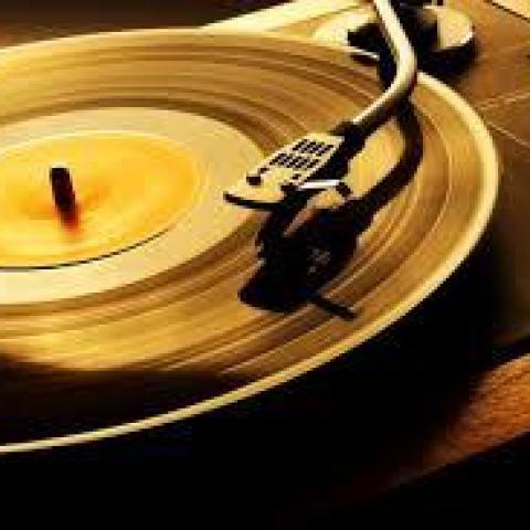 troc de  Recherche Disques Vinyl Rock / Rythm'blues / Trip Hop / Techno, sur mytroc