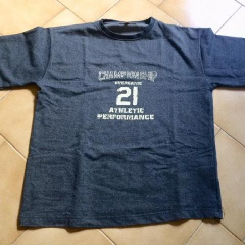 troc de  Tshirt Manche Courte bleu Marque Overgame 12 ans, sur mytroc