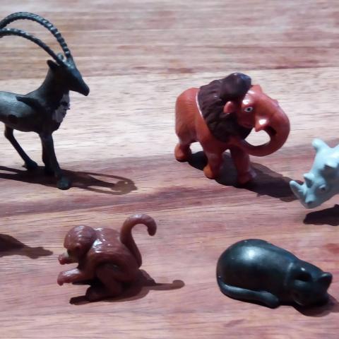 troc de  Lot de petits animaux variés, sur mytroc