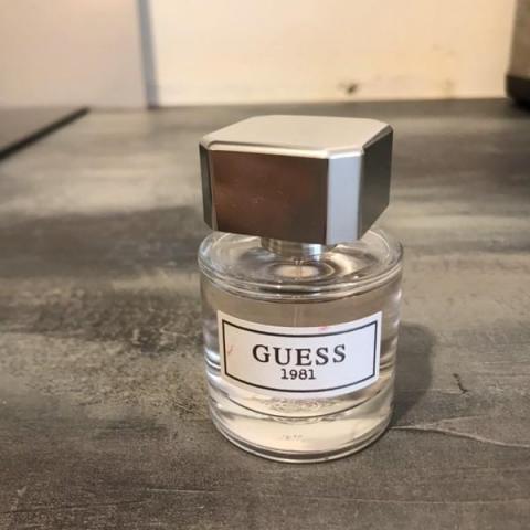 troc de  RECHERCHE Parfum Guess 1981, sur mytroc