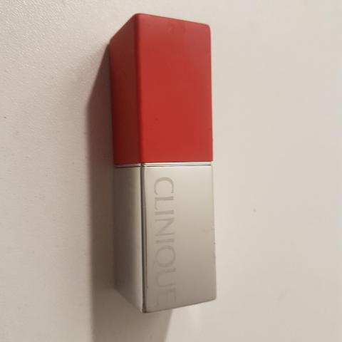 troc de  Rouge à lèvres clinique occasion, sur mytroc