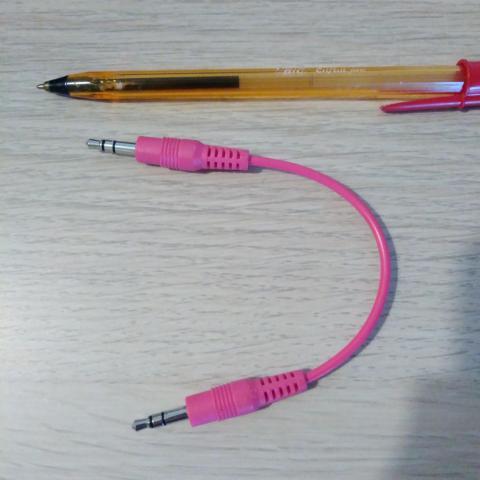 troc de  Petit câble rose, sur mytroc