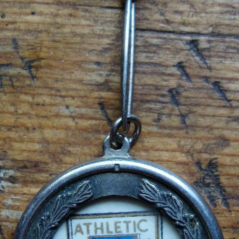 """troc de  Porte clés ancien """" Athletic  Bibao  """", sur mytroc"""