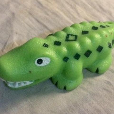 troc de  Figurine crocodile - plastique mou - très bon état - 10 cm, sur mytroc