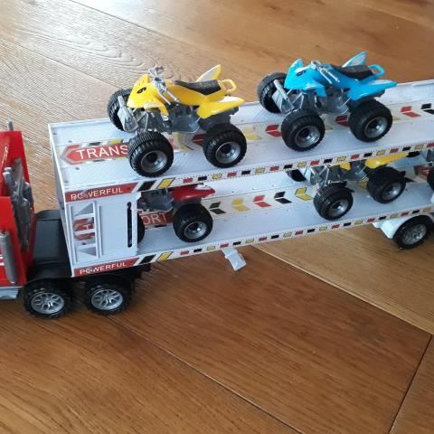 troc de  camion à friction et 6 quads, sur mytroc