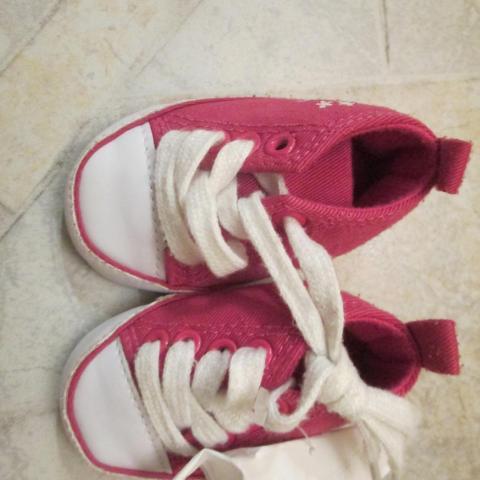 troc de  Chaussures vraiment bébé 3 noisettes, sur mytroc