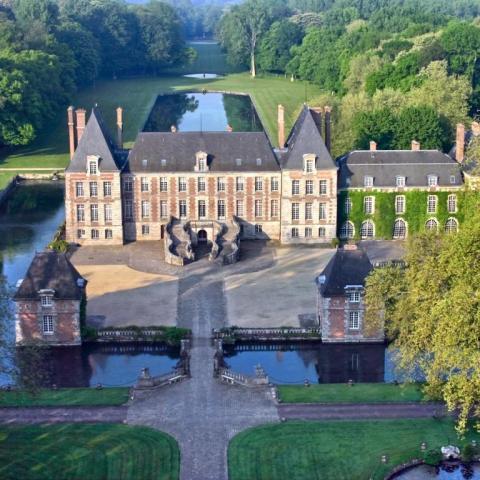 * Réservé * Billets pour le Château de Courances