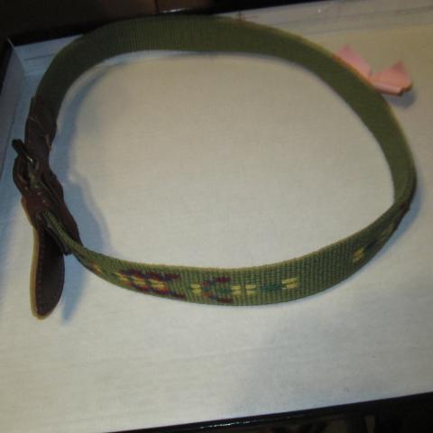 troc de  ceinture enfant  5 à 10 ans 3 noisettes, sur mytroc