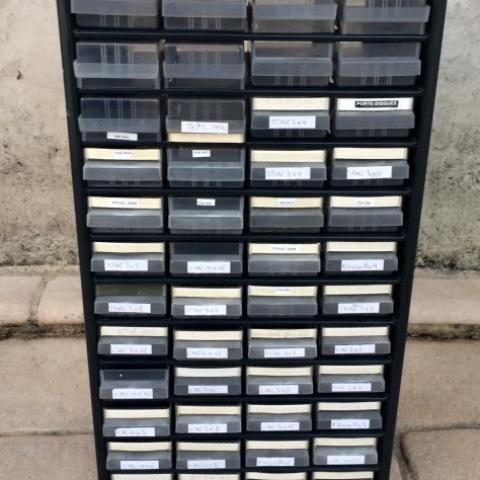 troc de  Boitiers rangement - caisson métallique 48 tiroirs, sur mytroc