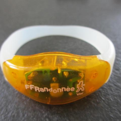 troc de  bracelet lumineux, sur mytroc