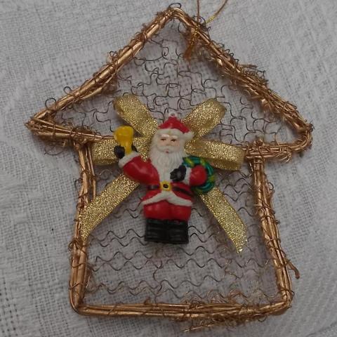 troc de  suspension de Noël coloris doré, sur mytroc