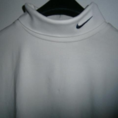 troc de  Tee-shirt S Nike, sur mytroc