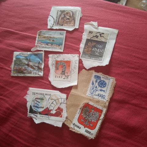 troc de  Réservé Lot timbre divers Europe, sur mytroc