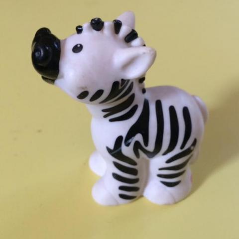 troc de  Figurine bébé zèbre Fisher Price 1998 - très bon état - 7 cm - plastique, sur mytroc