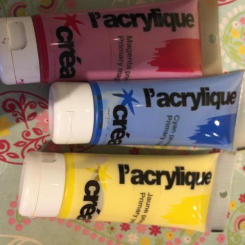 troc de  3 tubes peiture acrylique, sur mytroc
