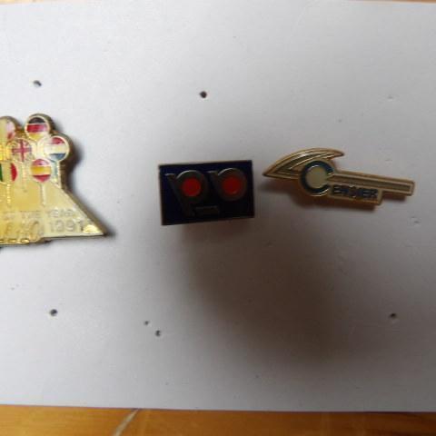 troc de  3 PINS, sur mytroc