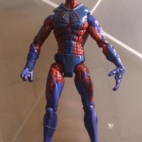 troc de  Lot 2 figurines articulées Marvel Spiderman - 15 cm, sur mytroc