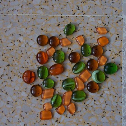 troc de  (RESERVER) loisirs creatifs 'pierres colorees', sur mytroc