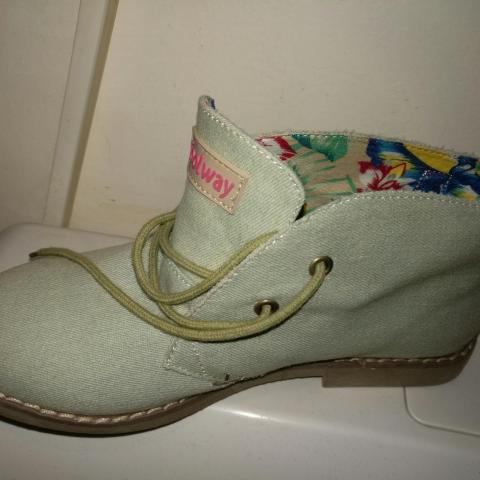 troc de  Chaussures en toile coolway, sur mytroc