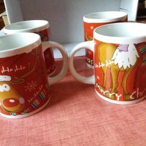 troc de  Lot de 4 mugs merry Christmas, sur mytroc