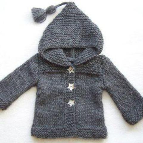 Recherche vêtement bébé tricoté